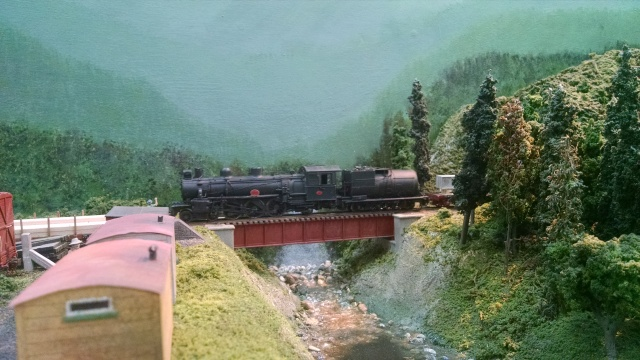 How about a narrow gauge 4-6-2?